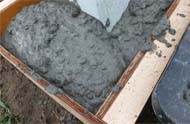 練りコンクリートの水分測定